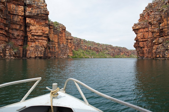 boat crusie to Twin KG Falls gallery