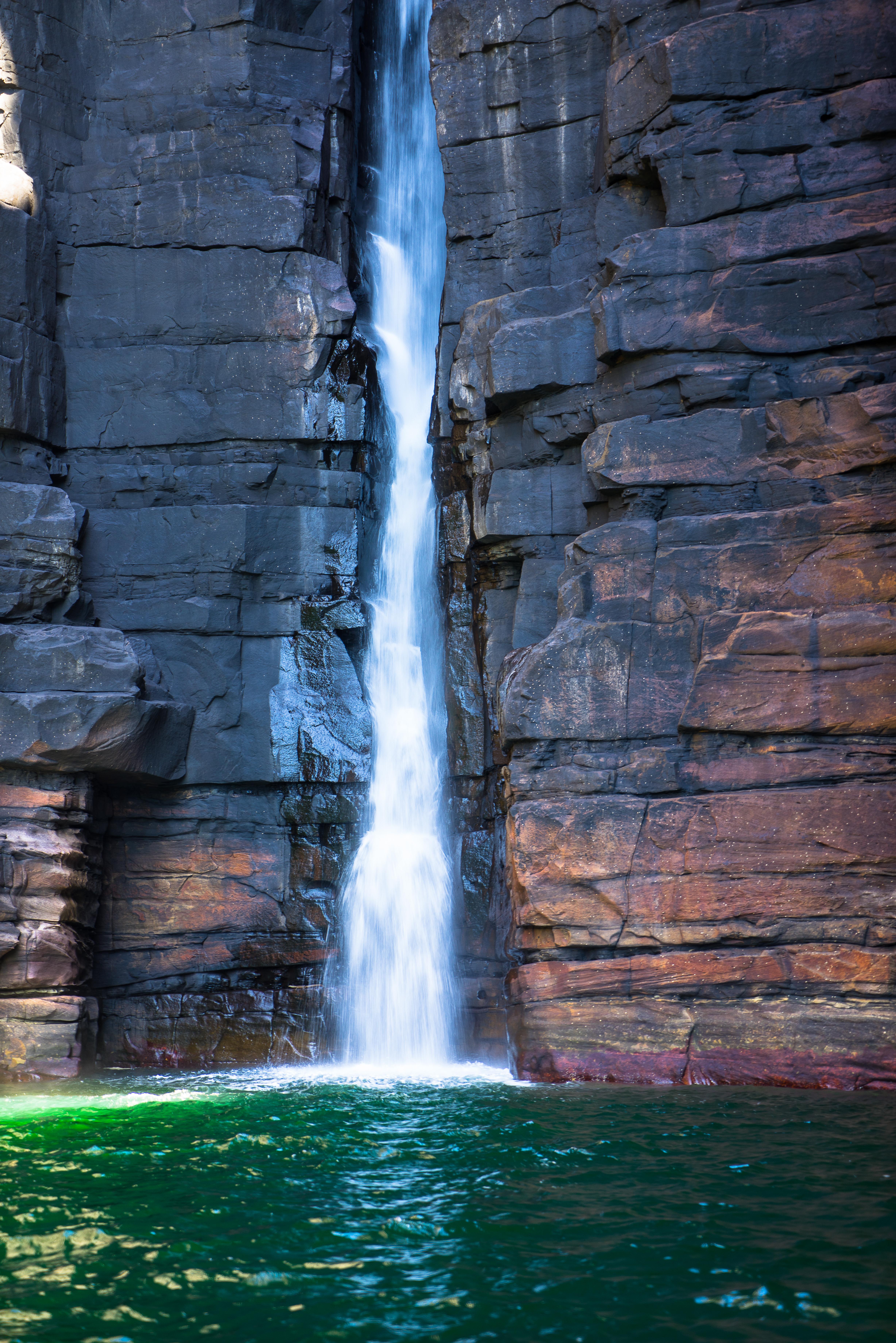 King George Falls Left Arm